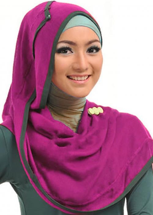 Selina Nadra Ungu